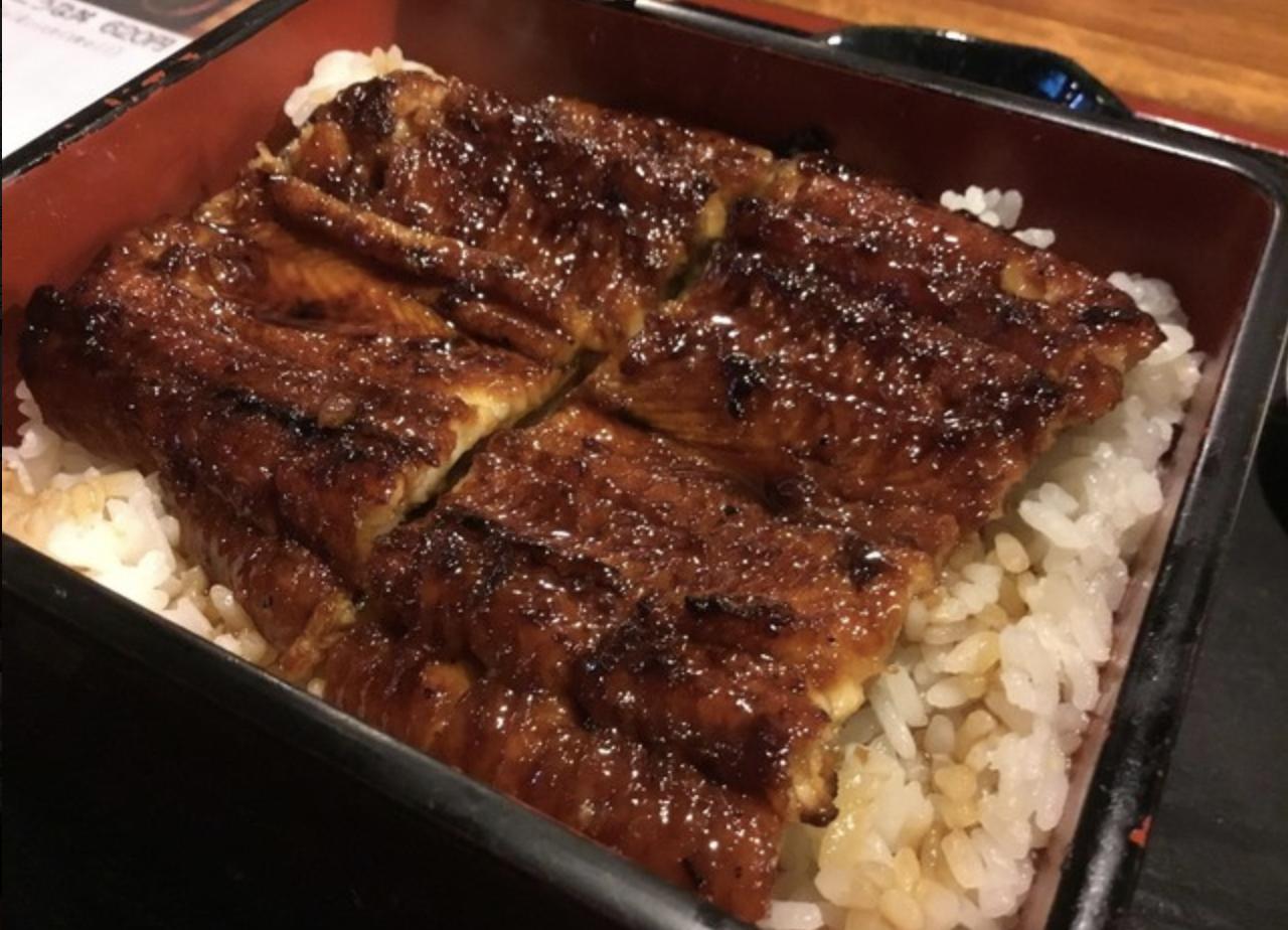 松尾「ぼんぼん」公設市場界隈で絶品うな丼弁当をテイクアウト!